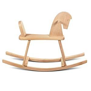 Ce cheval à bascule en bois de hêtre peut être peint et personnalisé.