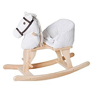 Ce cheval à bascule est fait de bois et de peluche.