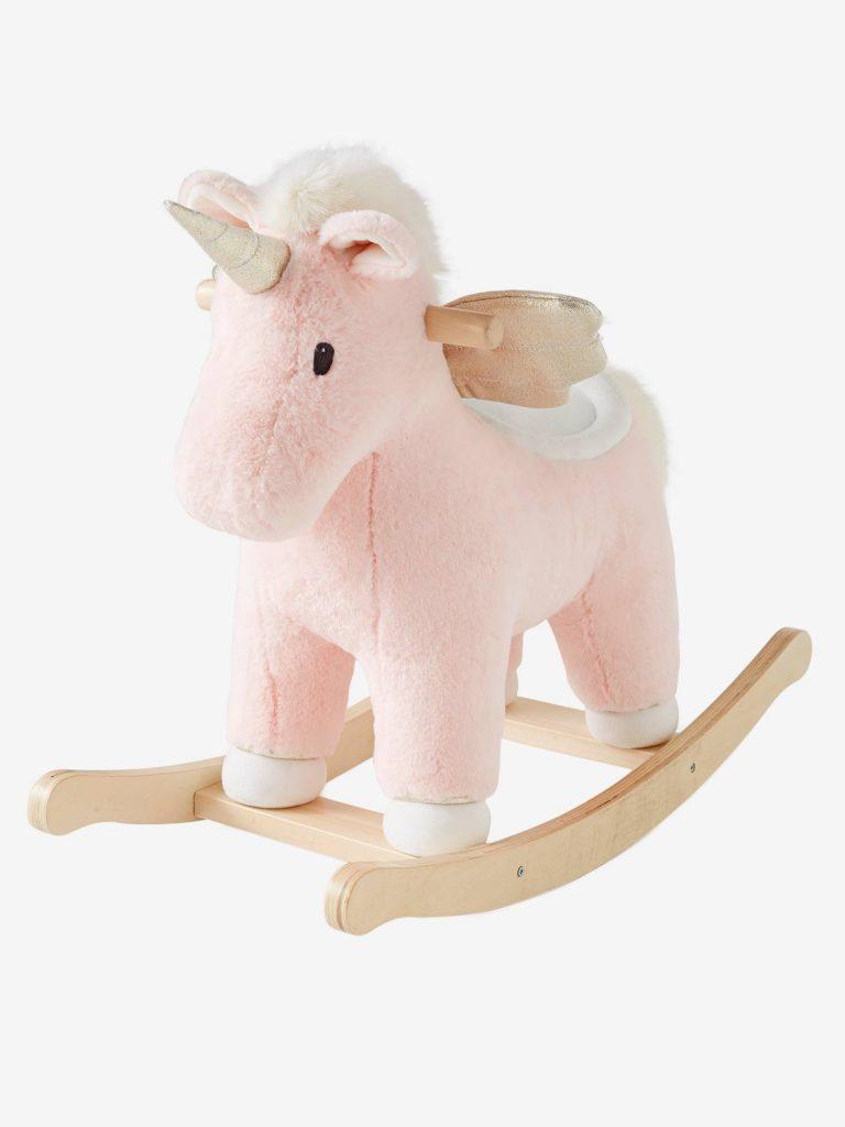 Cette licorne à bascule pour bébé en peluche convient dès 1 an.
