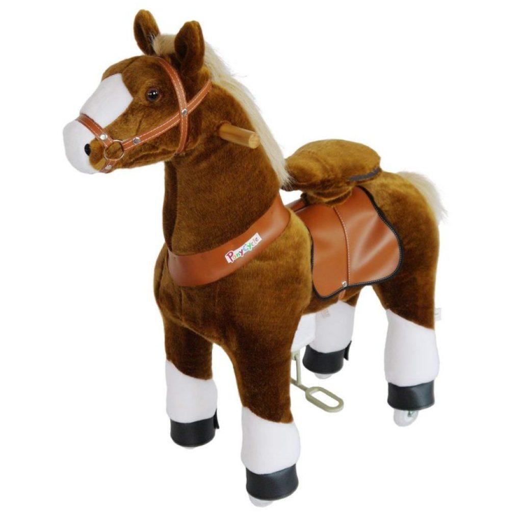 Un ponycycle est un cheval à roulettes.